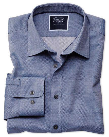 Chemise légèrement texturée bleue coupe droite