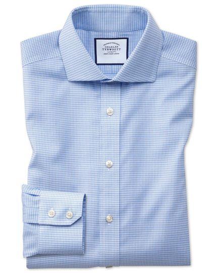 Bügelfreies Extra Slim Fit Oxfordhemd mit Stretch, Haifischkragen und Hahnentrittmuster in Himmelblau