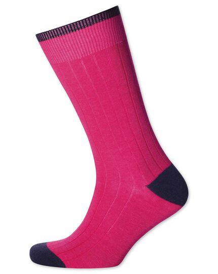 Chaussettes rose vif en coton côtelé