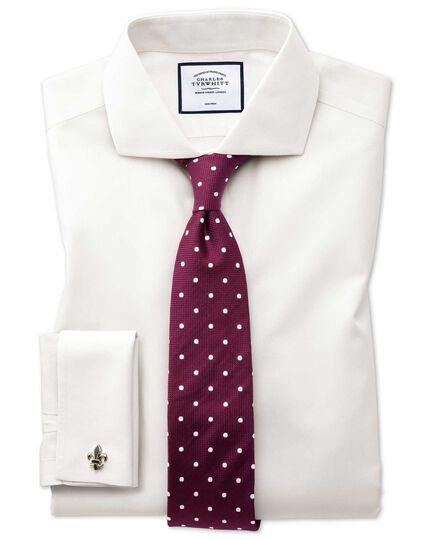 Bügelfreies Extra Slim Fit Popeline-Hemd mit Haifischkragen in Cremefarben