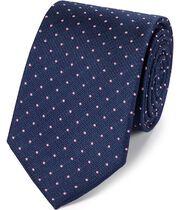 Cravate classique bleu marine et rose en soie texturée à pois