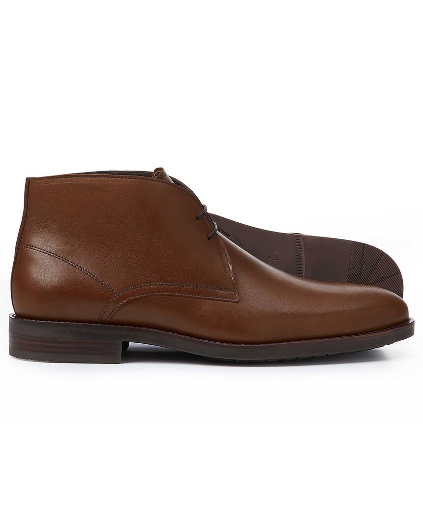 Brown performance chukka boots