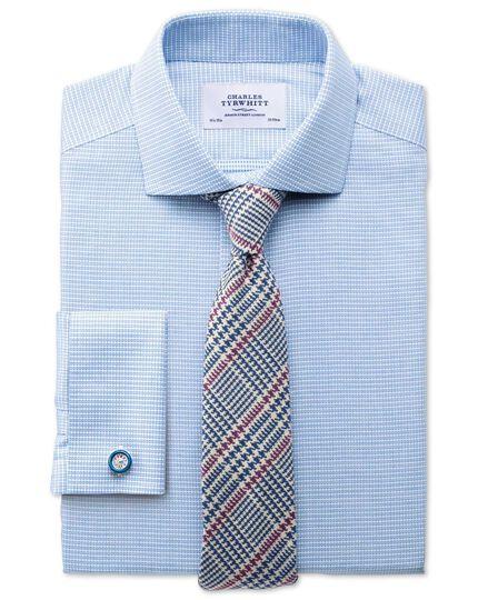 Bügelfreies Slim Fit Hemd mit Haifischkragen in Mittelblau mit strukturiertem Quadratmuster