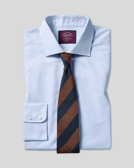 Luxuriöses Twill Hemd mit Semi-Haifischkragen  - Hellblau