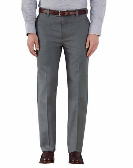 Bügelfreie Slim Fit Chino Hose ohne Bundfalte in Grau