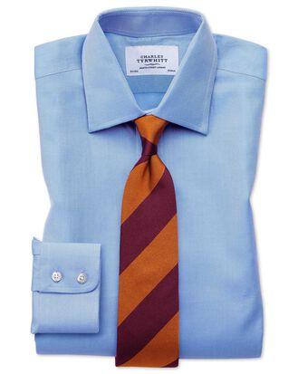 Slim Fit Hemd aus ägyptischer Baumwolle und Cavalry-Twill in Blau