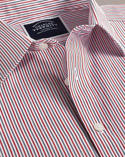 Vorgewaschenes, weiches Slim Fit Hemd mit Streifenmuster in Blau und Rot