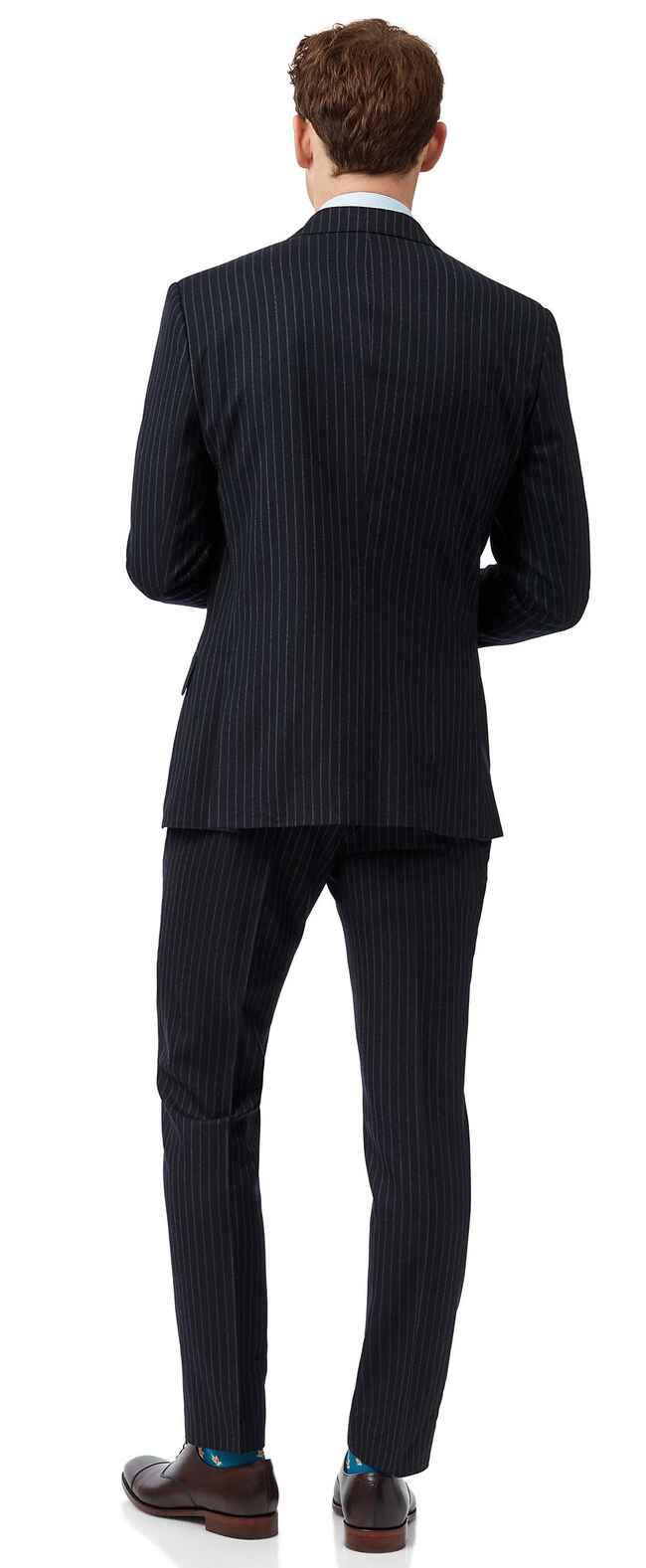 Britischer Slim Fit Luxusanzug mit Streifen in Marineblau