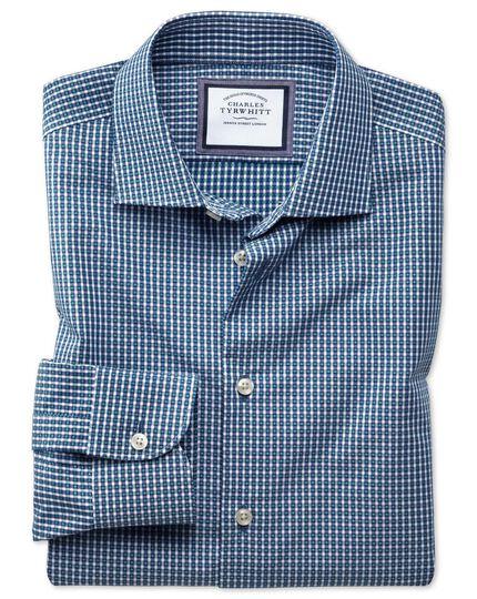 Bügelfreies Slim Fit Business-Casual Hemd in Marineblau und Grün mit modernen Strukturen