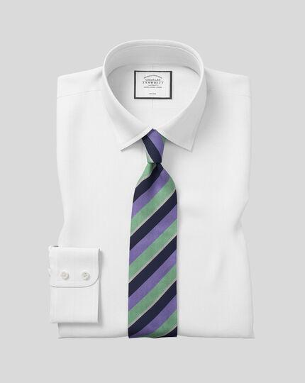 Chemise à chevrons et col classique sans repassage  - Blanc