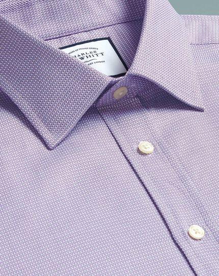 Classic Fit Hemd aus ägyptischer Baumwolle mit Chevron-Muster in Violett
