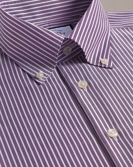 Bügelfreies Business-Casual-Hemd mit Button-down-Kragen und Streifenmuster - Violett und Weiß