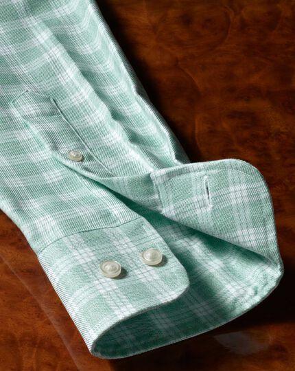 Bügelfreies Classic Fit Twill-Hemd mit Button-down Kragen in Grün und Weiß