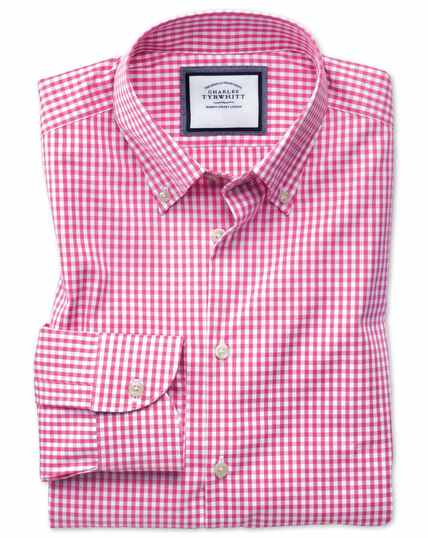 Slim fit button-down business casual non-iron pink shirt