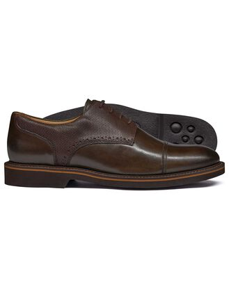 Brown extra lightweight derby shoe