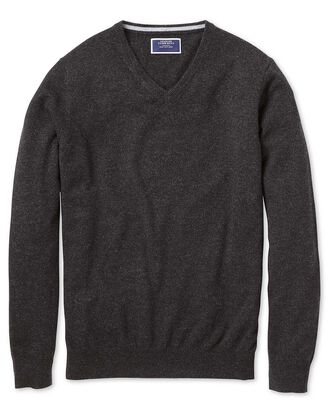 Charcoal v-neck cashmere sweater