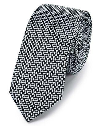 Schmale klassische Krawatte aus Seide mit geometrischem Design in Schwarz und Weiß