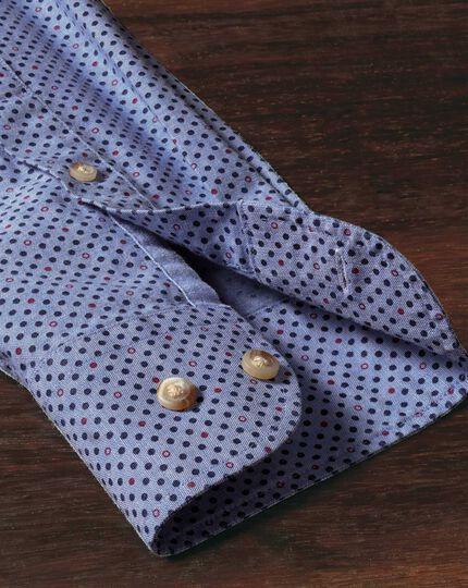 Classic Fit Hemd in Blau und Lila mit Tupfen-Print