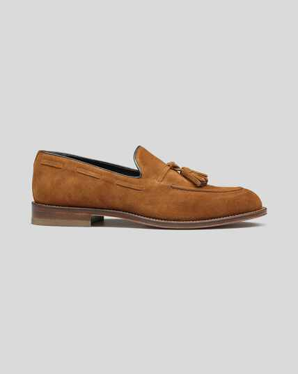 Flexible Sole Tassel Loafers - Tan