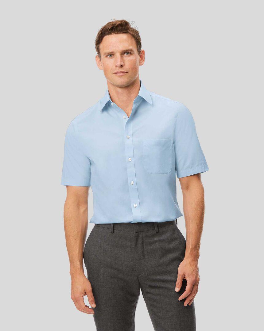 Bügelfreies Tyrwhitt Cool Popeline-Kurzarmhemd mit Kent-Kragen- Himmelblau