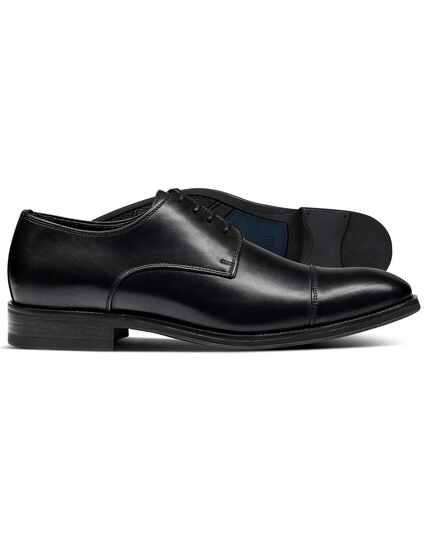 Black performance Derby toe cap shoes