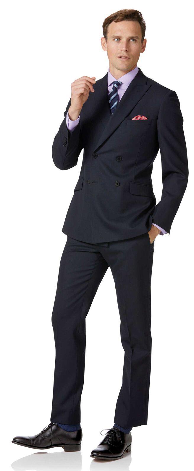 Zweireihiger Slim Fit Businessanzug aus Merinowolle in Nachtblau