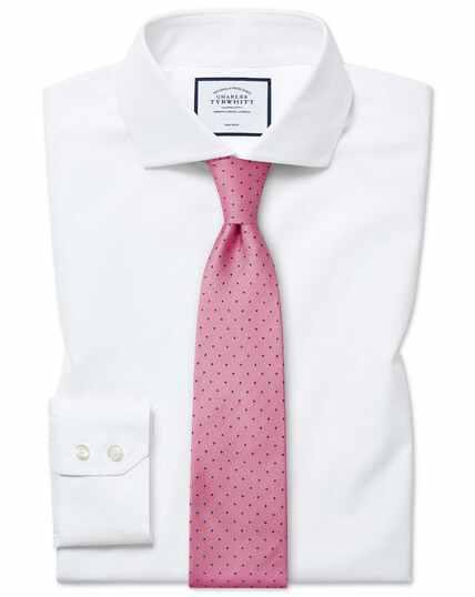 Bügelfreies Slim Fit Tyrwhitt Cool Hemd mit Haifischkragen in Weiß