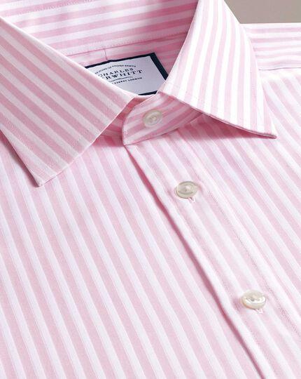 Slim Fit Hemd mit Dobby-Gewebe und strukturierten Streifen in Rosa und Weiß