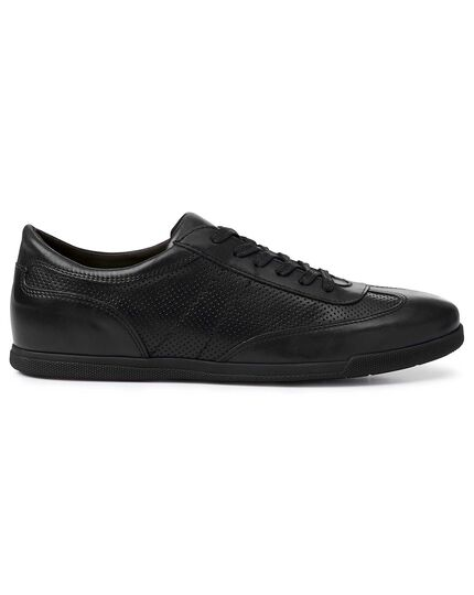 Black smart trainers