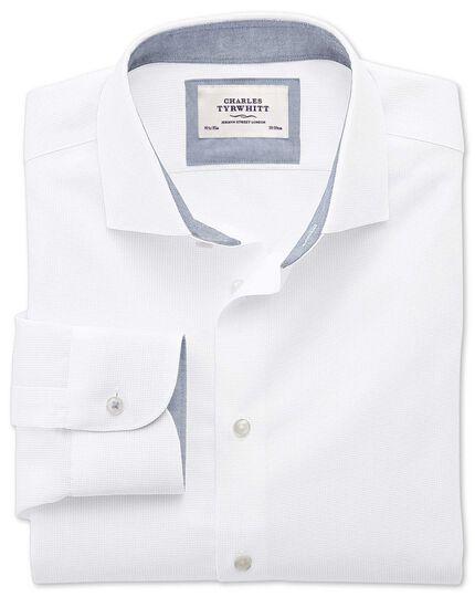Classic Fit Business-Casual Hemd mit Semi-Haifischkragen in Weiß mit Strukturen