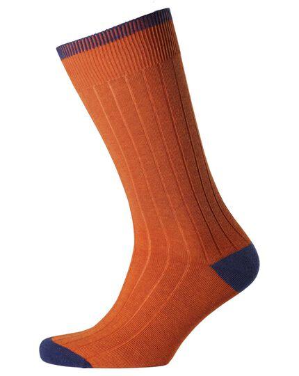 Chaussettes orange côtelées