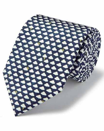 Cravate classiqueen soie bleu marine à imprimé nuages et pluie