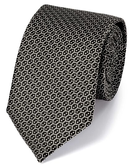 Cravate classique noire en soie à croisillons style treillis