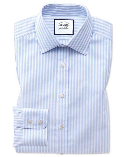 Extra Slim Fit Hemd mit Dobby-Gewebe und strukturierten Streifen in Himmelblau