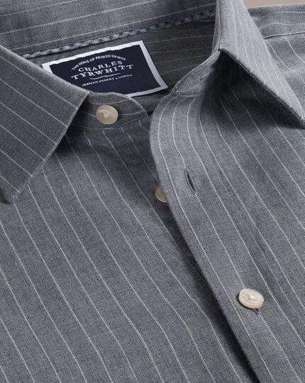 Slim Fit Hemd mit weicher Struktur und Streifenmuster in Grau