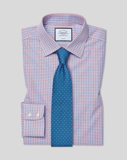 Bügelfreies Slim Fit Hemd mit Karos in Blau & Rot