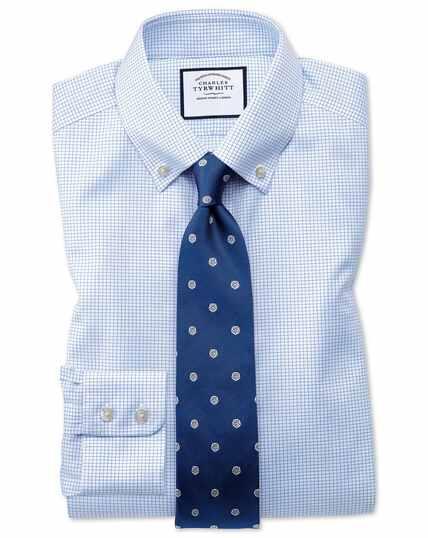 Chemise bleu ciel en twill slim fit à petits carreaux simples et col boutonné sans repassage