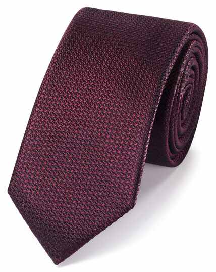 Burgundy silk textured slim tie