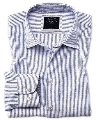 Chemise blanche et bleue en tissu délavé texturé slim fit à rayures
