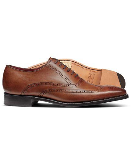 Chaussures Oxford châtaigne Made in England à bout fleuri et semelle flexible