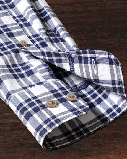 Classic Fit Hemd aus Popeline in Marineblau mit Karos
