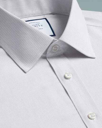 Bügelfreies Slim Fit Hemd aus Dash-Gewebe in Grau