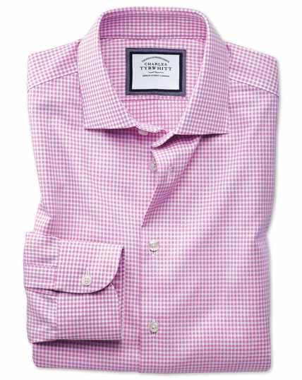 Chemise business casual rose et blanche coupe droite avec textures modernes sans repassage