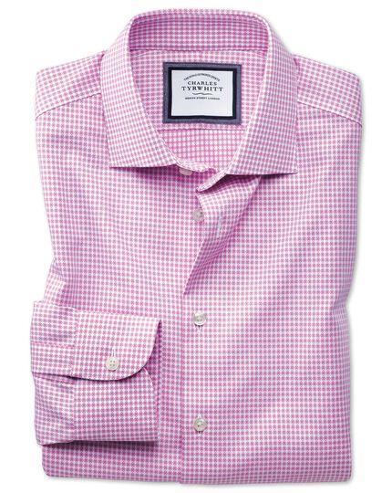 Chemise business casual rose et blanche slim fit avec textures modernes sans repassage