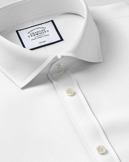 Chemise blanche slim fit sans repassage à chevrons et col cutaway