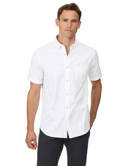 Classic fit short sleeve button-down washed Oxford white shirt