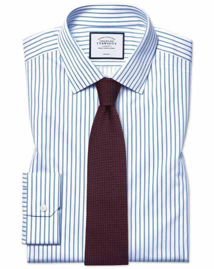 Bügelfreies Super Slim Fit Twill-Hemd mit Streifen in Weiß & Himmelblau