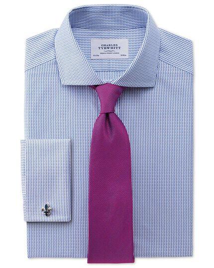 Extra Slim Fit Hemd aus ägyptischer Baumwolle mit Haifischkragen in Königsblau und strukturierten Streifen