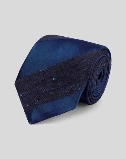 Englische Heritage-Luxuskrawatte aus Seide mit Streifen - Marineblau