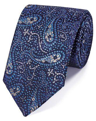 Englische Luxuskrawatte aus Seide mit abstraktem Paisleymuster in Himmelblau